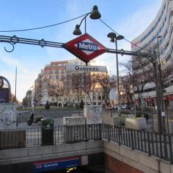Quevedo Metro Station