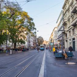 Bahnhofstrasse bevásárlóutca