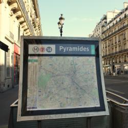 Estación de metro Pyramides
