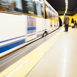 Станция метро Delicias