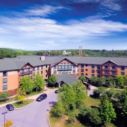 Hotels Around Six Flags Great Escape Lodge