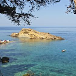Пляж Платис-Ялос