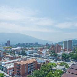 70 Avenue, Medellín