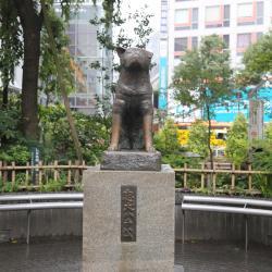 忠犬八公像
