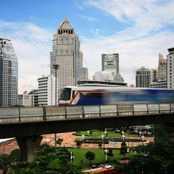Станция наземного метро Sala Daeng