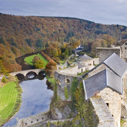 Zeitreise in der Burg Bouillon