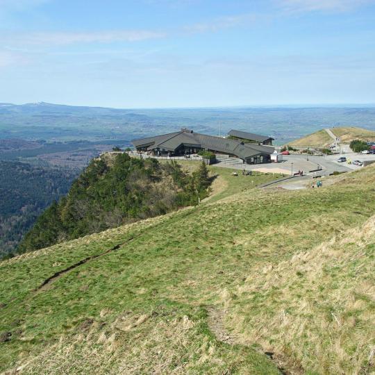 Vedere de pe vârful Puy-de-Dôme