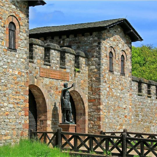 Die Saalburg und das Freilichtmuseum Hessenpark