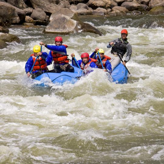 Whitewater rafting on the Derwent River