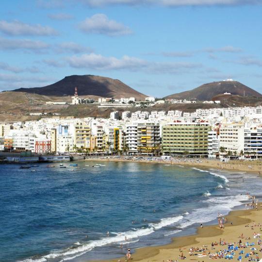 Playa y paseo marítimo de Las Canteras