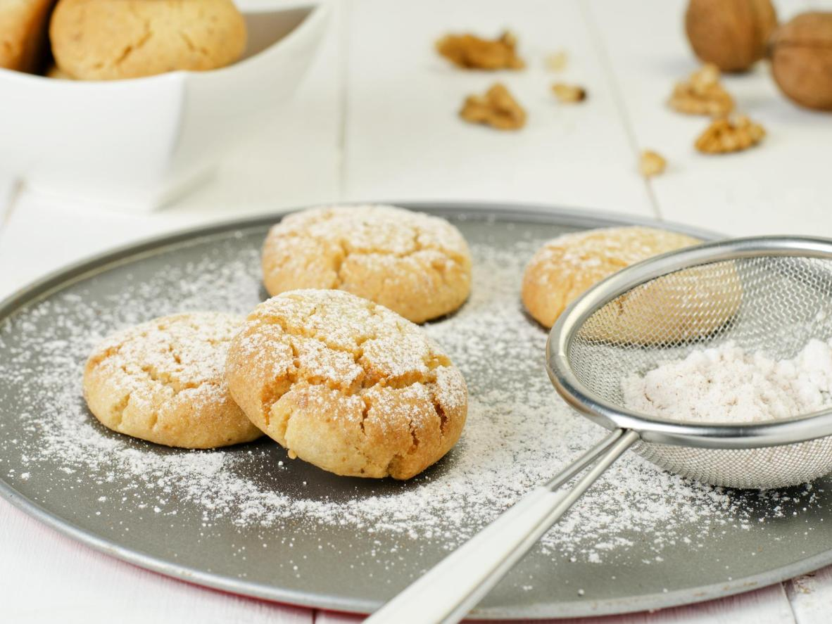 Crumbly, melt-in-your-mouth shortbread