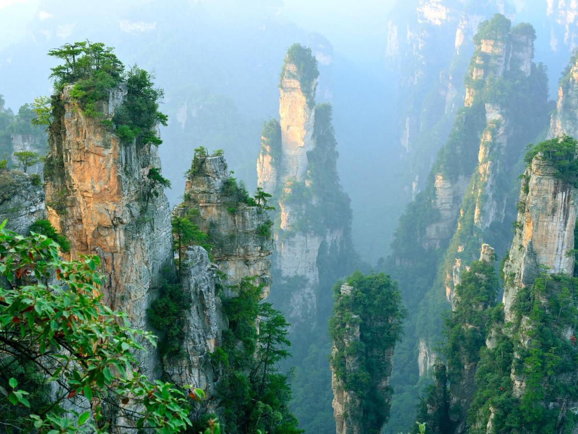 Zhāngjiājiè, a city that served as inspiration for the film Avatar