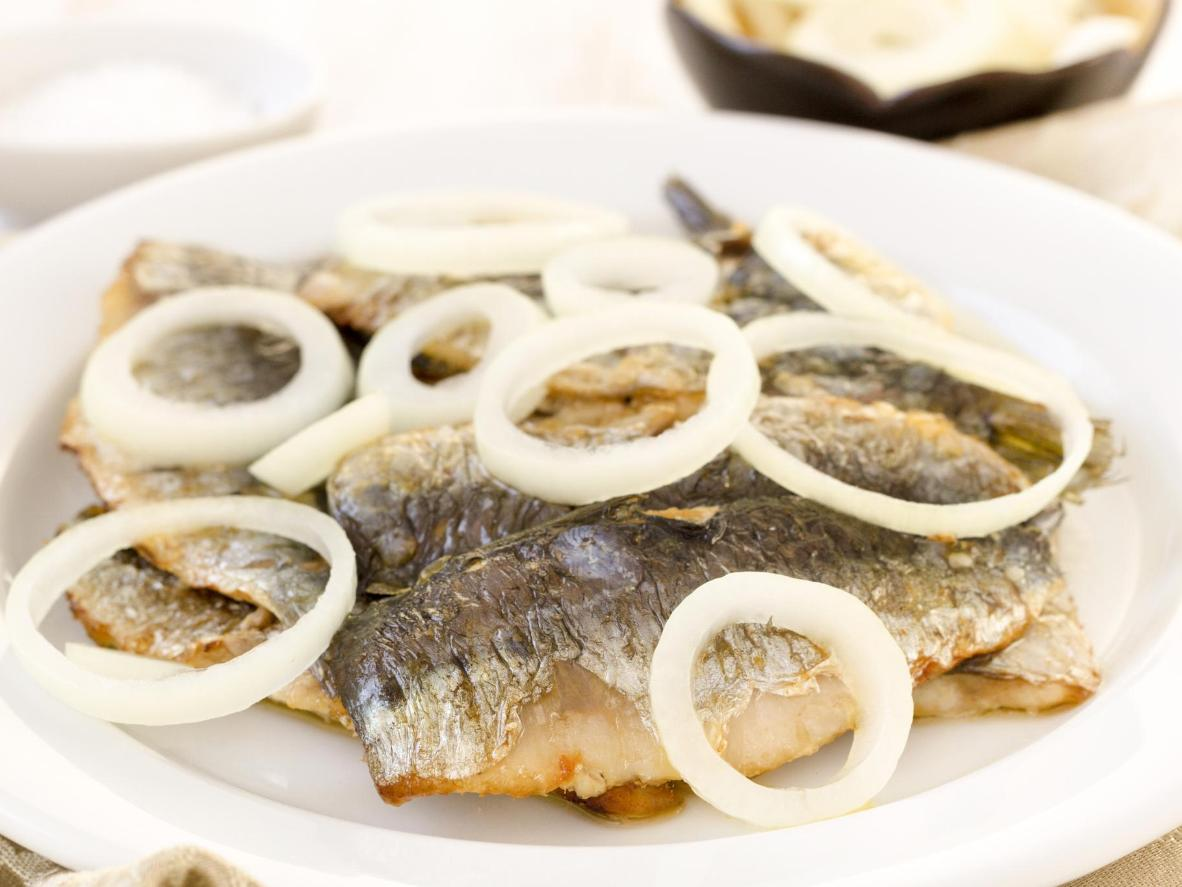 A sardine snack to satisfy sweet and sour cravings