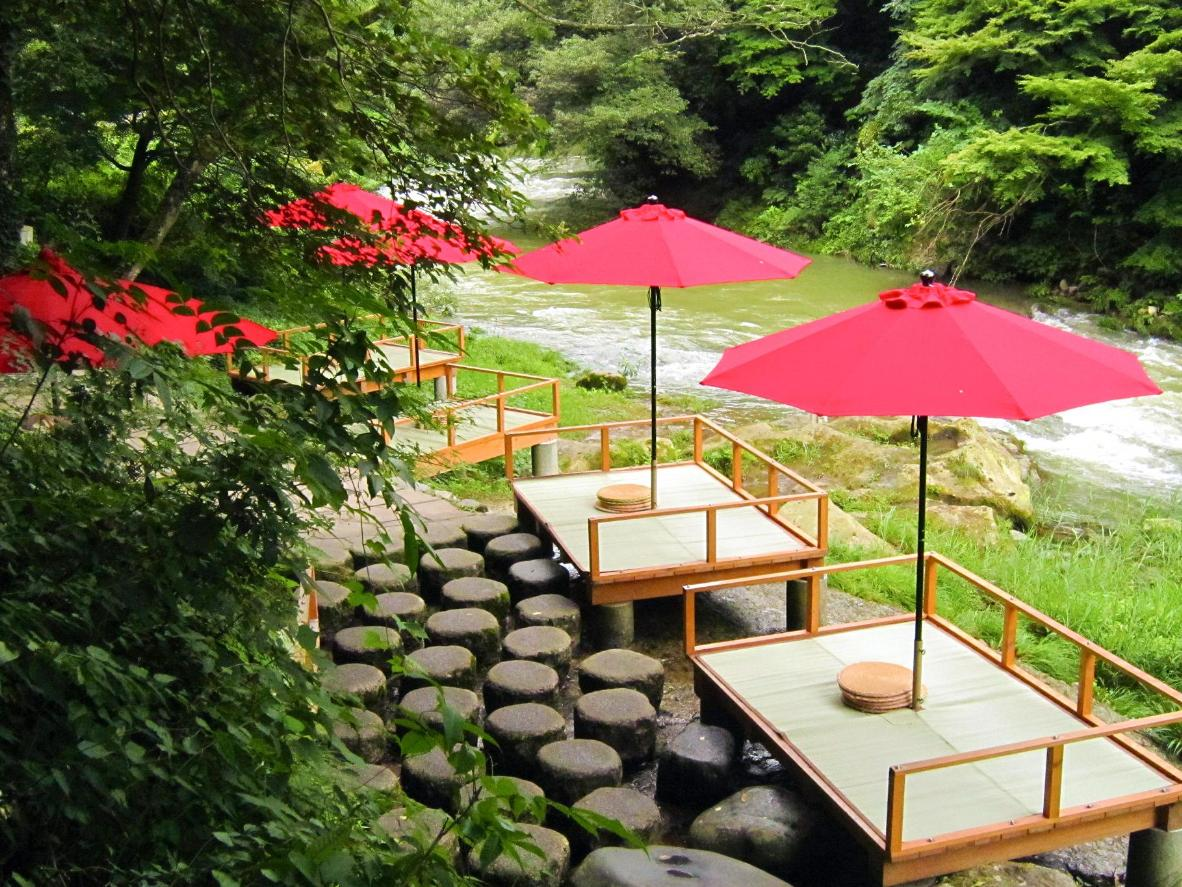 The hot springs in Kaga are widely regarded as the best in Japan