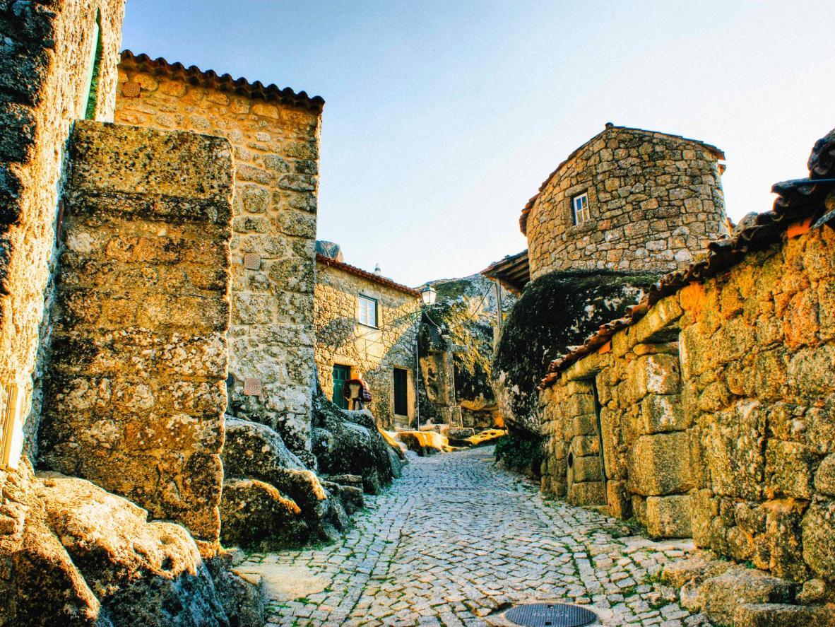 Pueblo historico de monsanto