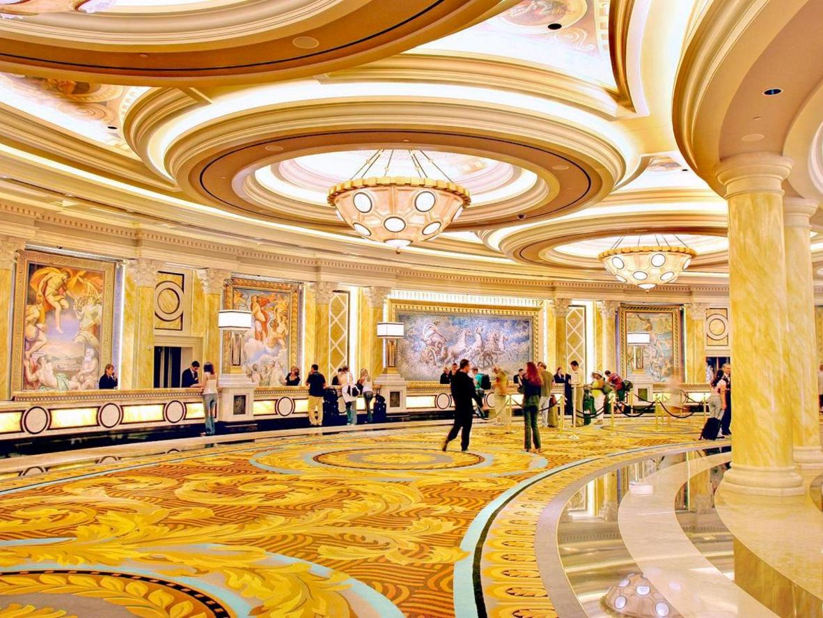 The Wolfpack wreaked havoc in the halls of Las Vegas' iconic Caesars Palace