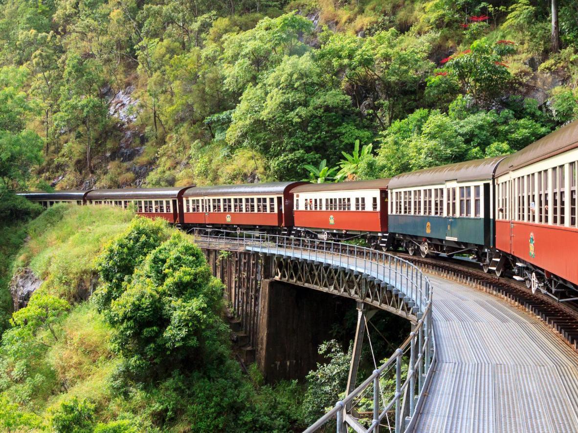 The paradisiacal Kuranda Scenic Railway