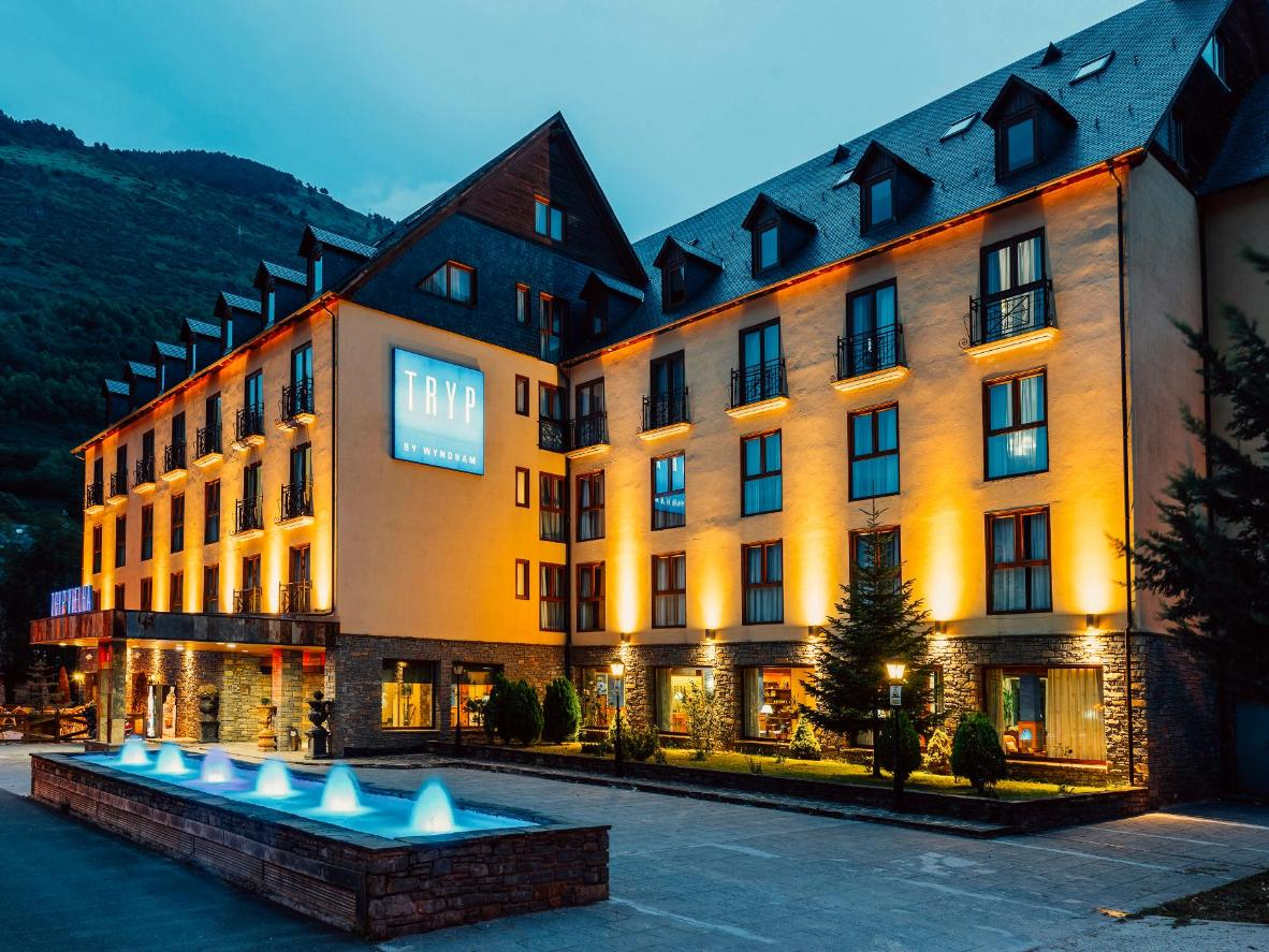 Tryp Vielha Baquiera is located right in the centre of town