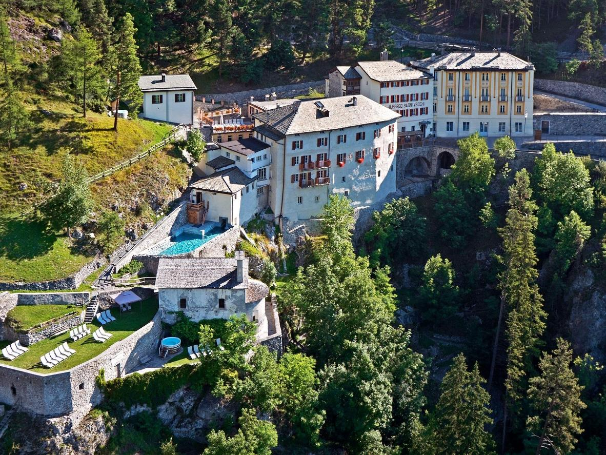 The 6 most relaxing thermal baths in Bormio, Italy | Booking.com