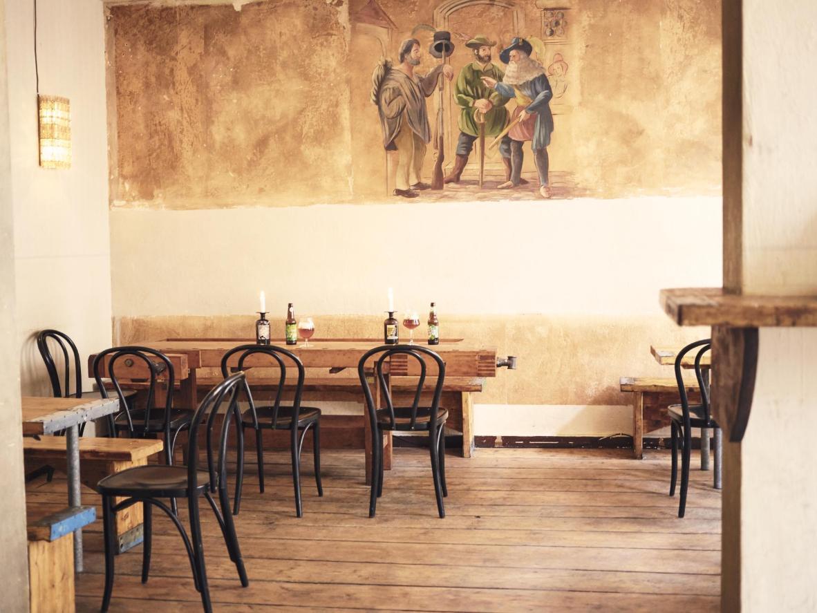 Amandine: A renovated corner bar, Hopenreich showcases the work of local craft breweries in Berlin's Kreuzberg district.