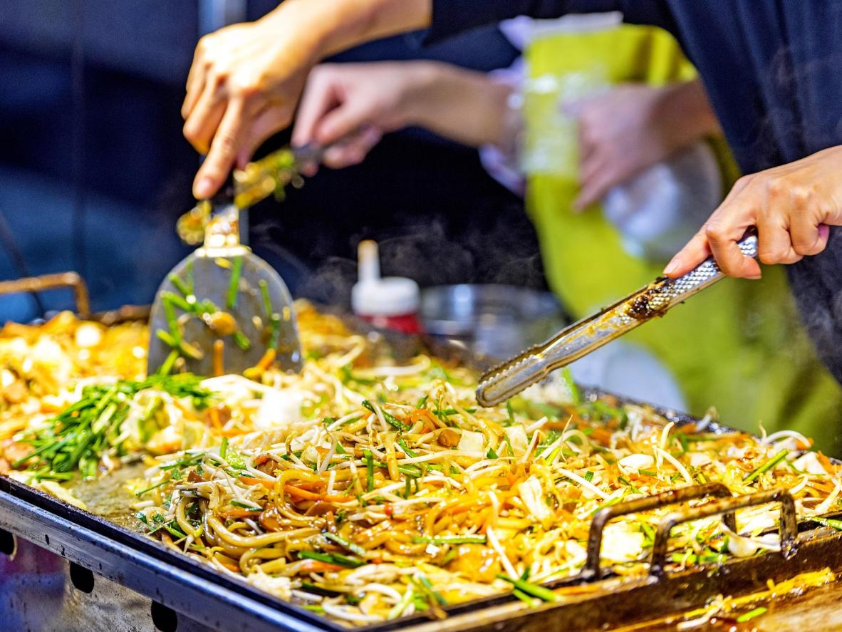 Sample traditional and innovative food in Seoul, South Korea