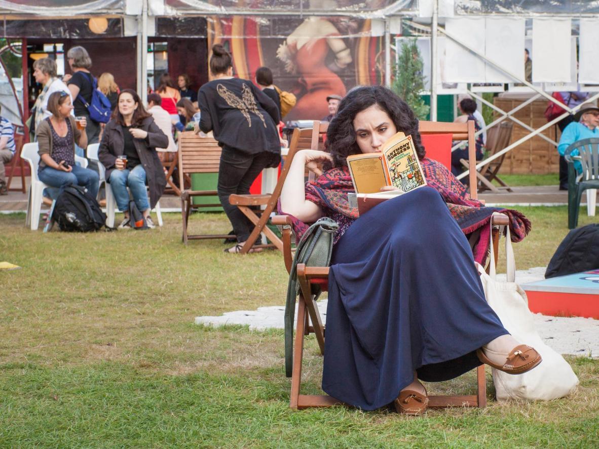 Reading in the gardens at Edinburgh International Book Festival