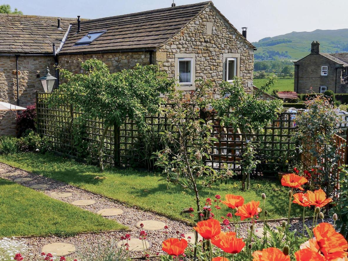 Poppy Cottages in North Yorkshire, UK