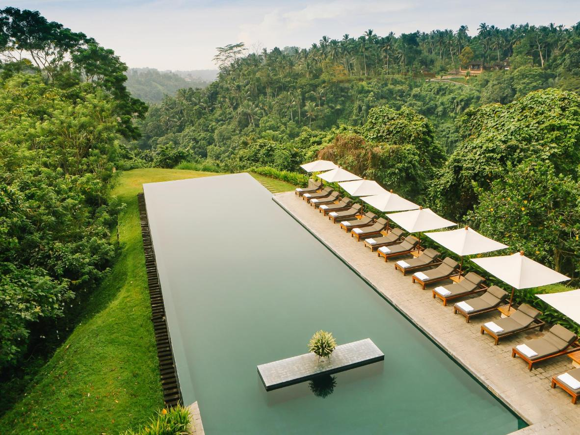 9 breathtaking infinity pools | booking