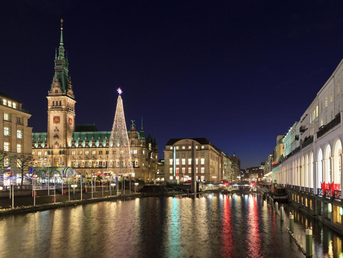 The twinkling lights and Christmas markets give Hamburg a fairytale feel