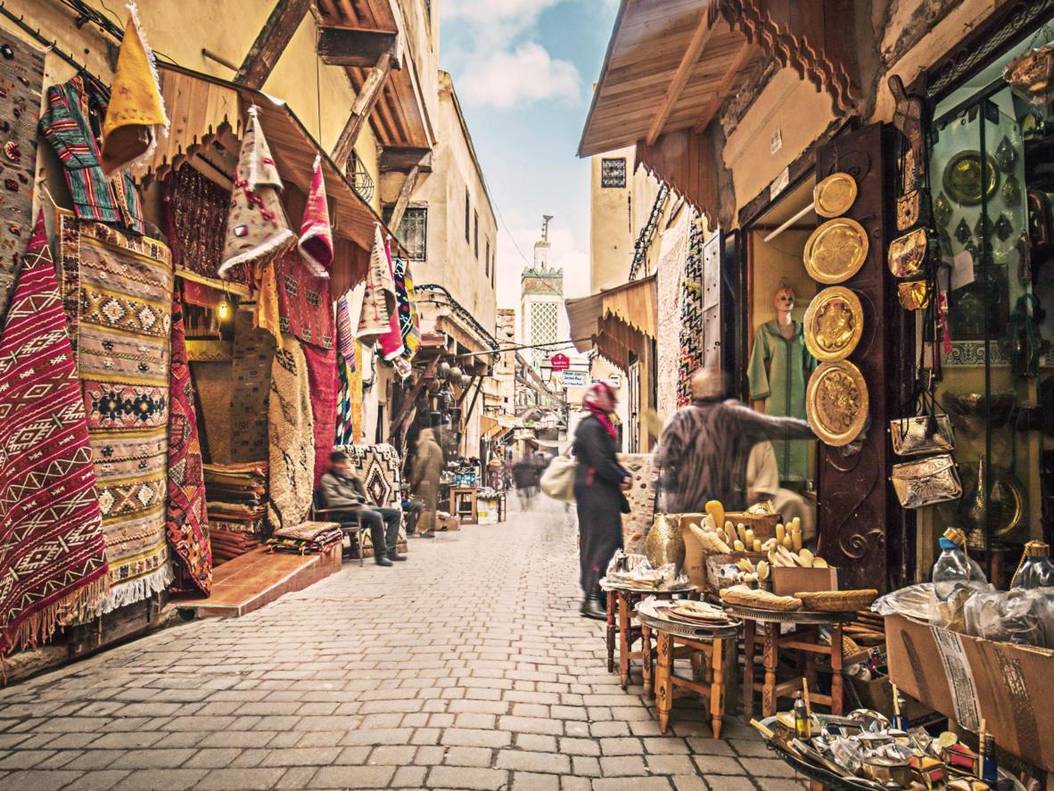 Vaya de compras por los callejones laberínticos de la medina