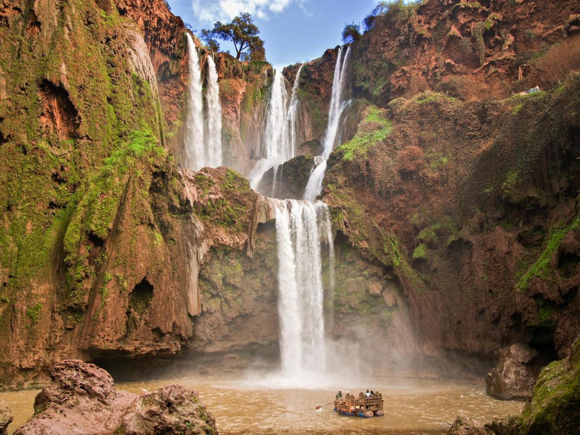 7 hidden waterfalls waiting to be discovered | Booking.com