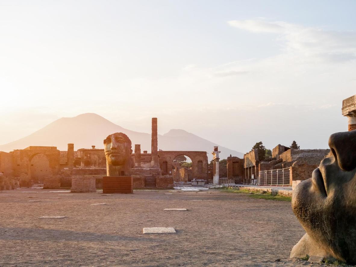 Pompeii in the shadow of Mount Vesuvius