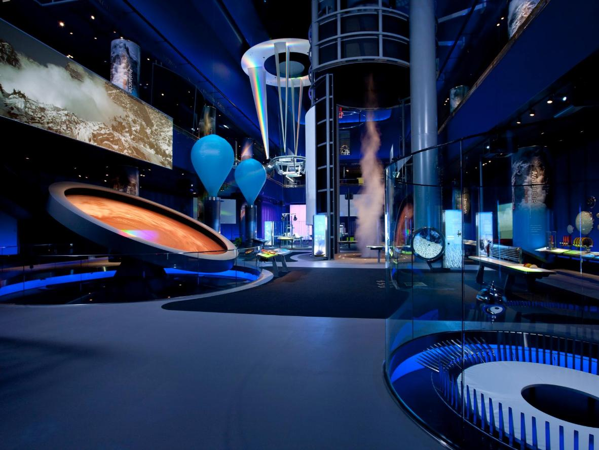 JB Spector/Museum of Science and Industry, Chicago – Science Storms