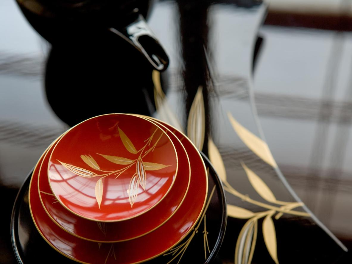 Lacquered Japanese tableware