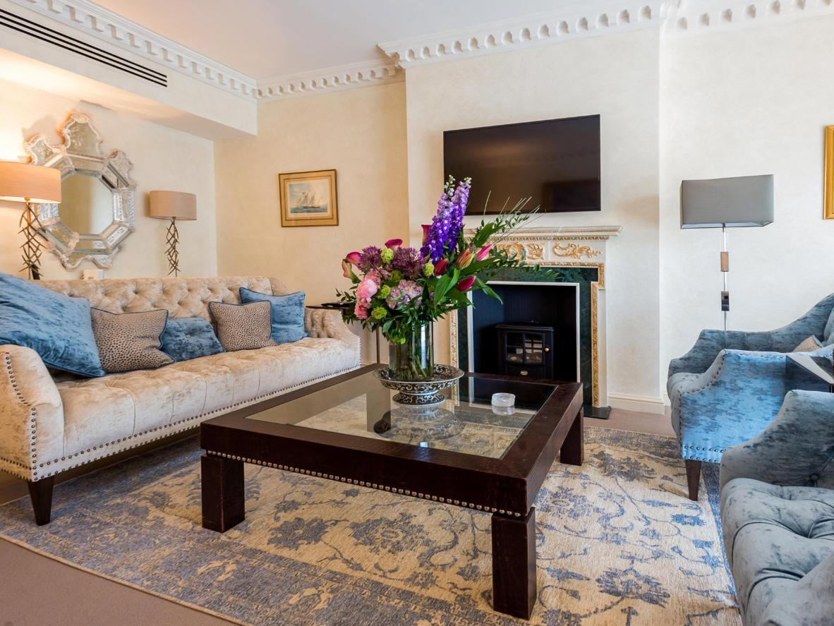 Estos grandiosos apartamentos cuentan con un completo servicio de recepción y limpieza.