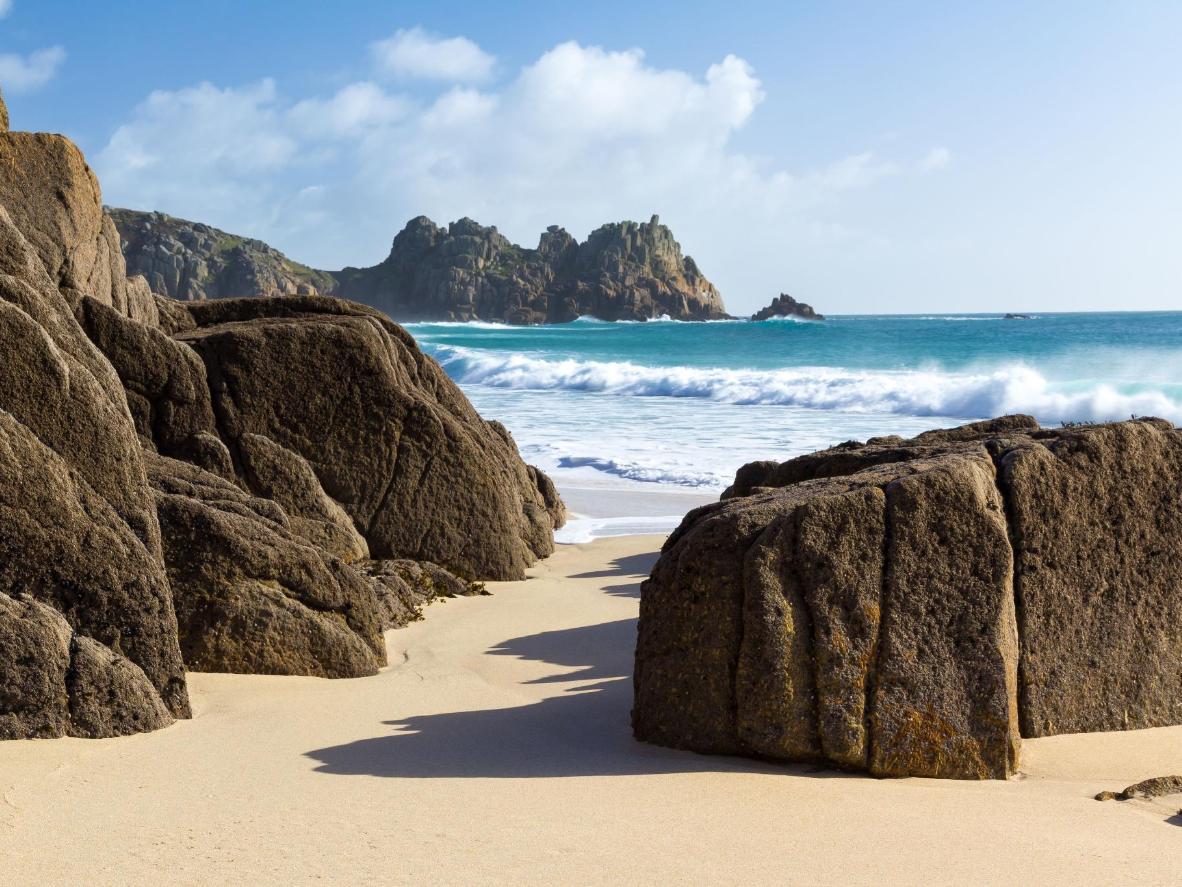 Île grecque ou crique dans les Cornouailles ?