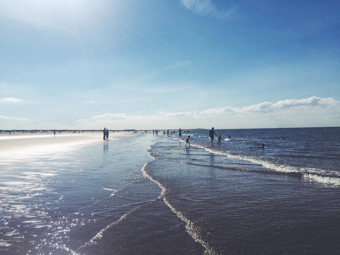 Parcourez la plage de Brancaster et ses quelques kilomètres de sable doré