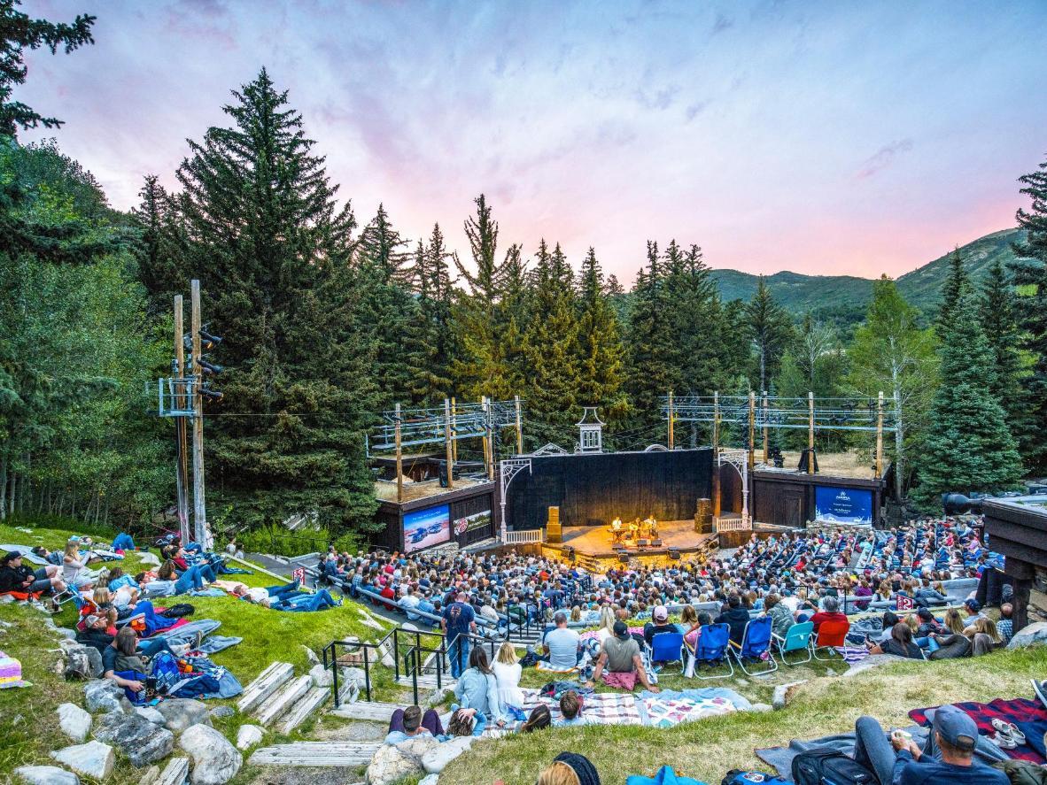 Assisti a uno spettacolo in uno scenario naturale di grande bellezza a Sundance. Foto di: Sundance Mountain Resort