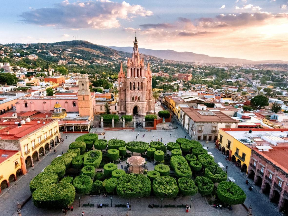 The pink Church of San Francisco in San Miguel de Allende