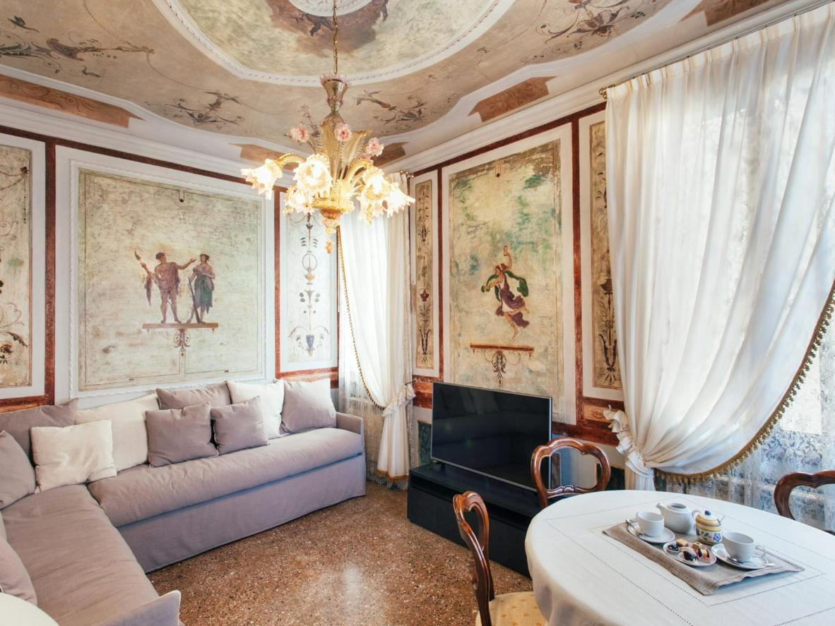 The hand-painted frescoes in the lounge date back centuries