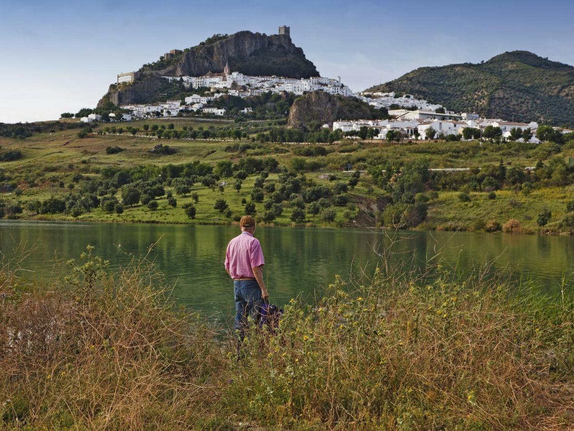 Utilice Ronda como base para explorar el primer parque natural de Andalucía, Sierra de Grazalema