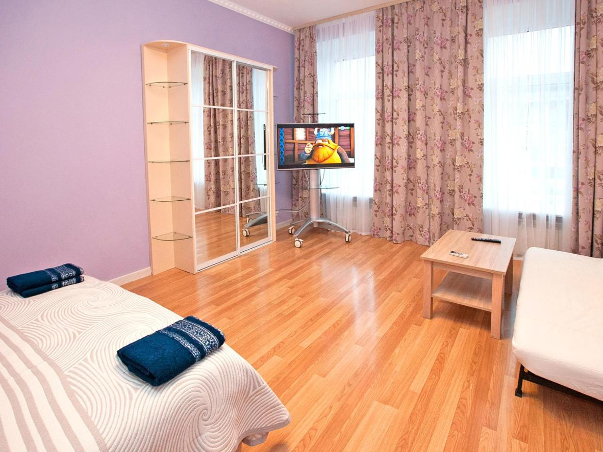 These modern flats are located in St. Petersburg's monument-filled city centre