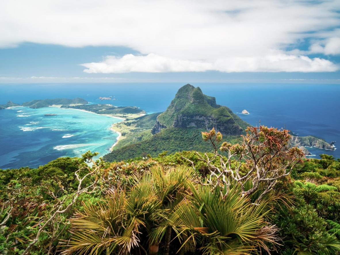 Lord Howe Island is near-tropical paradise with untouched nature and sweeping vistas