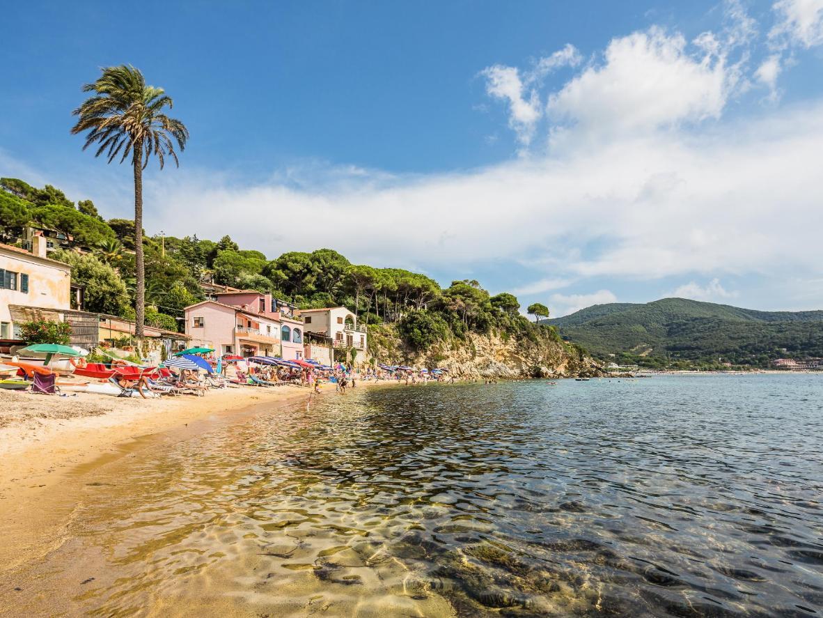 La plage de Forno, dans l'archipel toscan