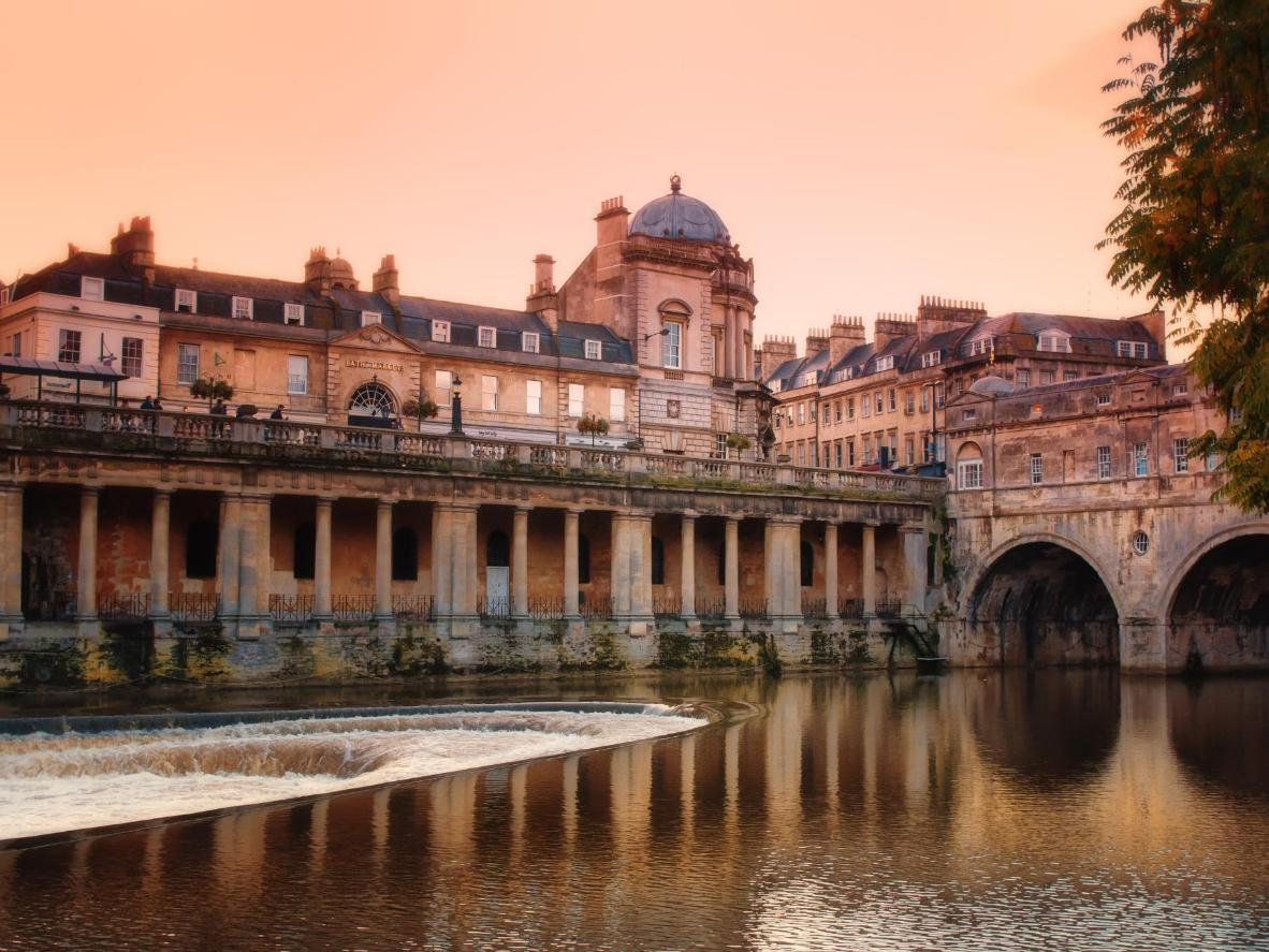Stick around for views across the weir to Pulteney Bridge