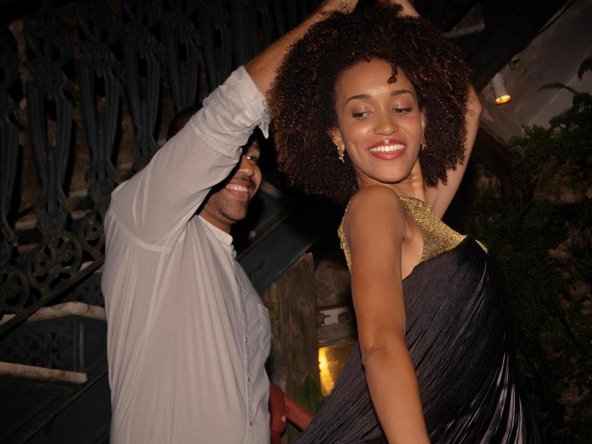 Dance to the local jazz-inspired samba