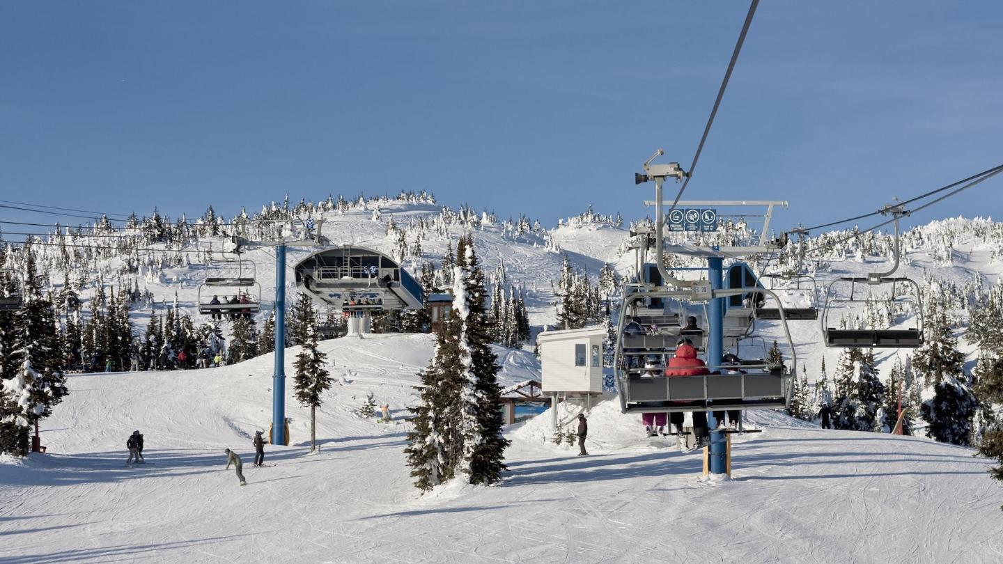 The Bullet Express chairlift at Big White ski resort
