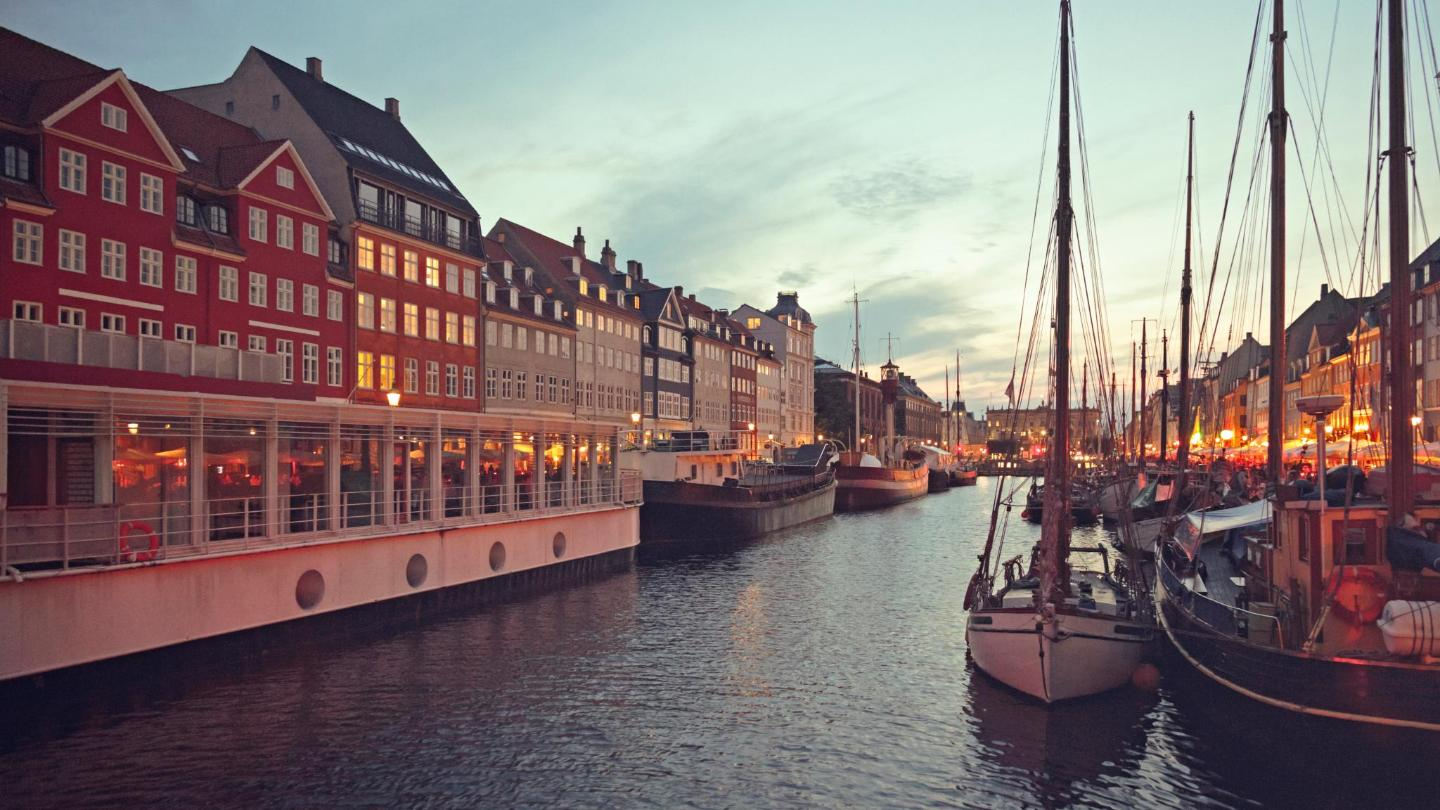 Autumn in Copenhagen comes with the most spectacular sunsets