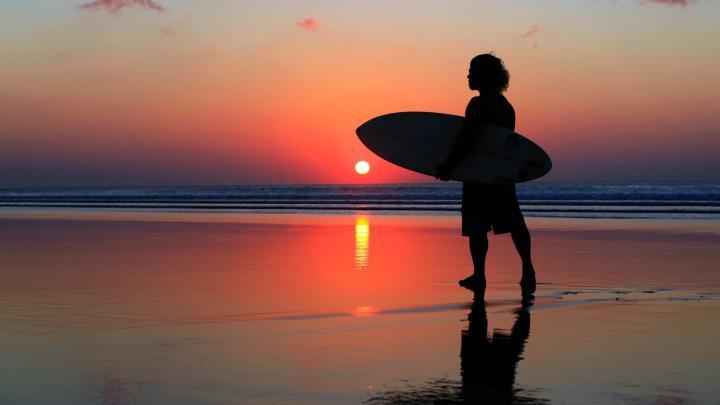 Encuentra el mejor lugar para el surf en Kuta