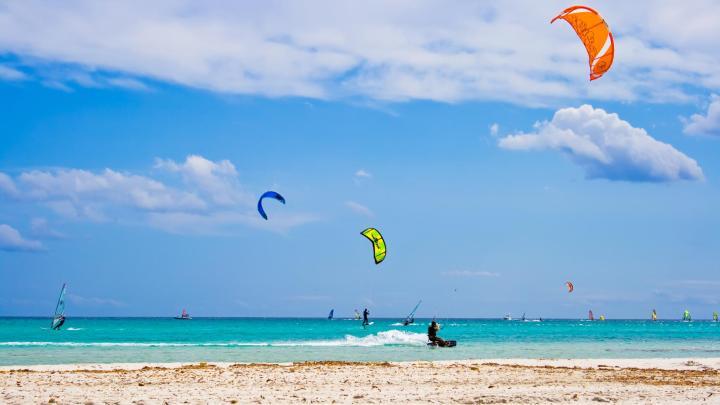Encuentra el mejor lugar para el kitesurf en Cumbuco